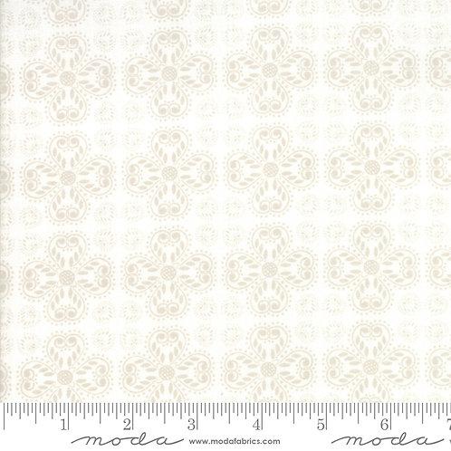 Good Tidings 18662 15 Ivory Snowflakes Tonal Moda Brenda Riddle