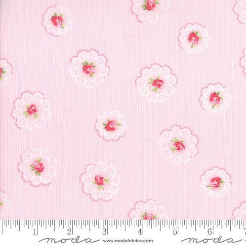 Caroline 18652 13 Pink Floral Moda Brenda Riddle