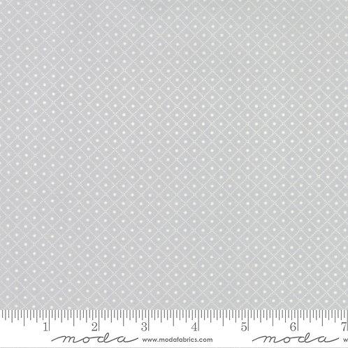 Bumble Berries 25097 19 Gray Tonal Moda Jungs