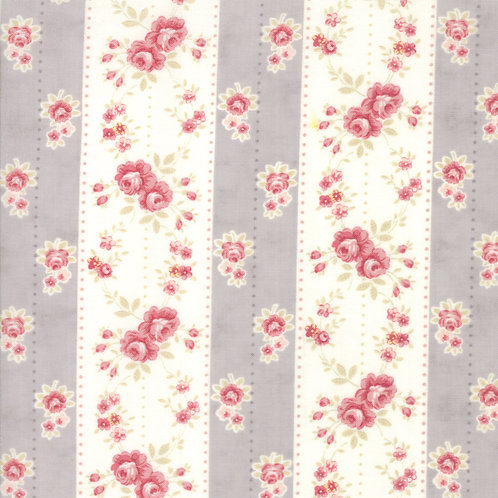 Poetry 44131 17 Gray Pink Floral Moda 3 Sisters