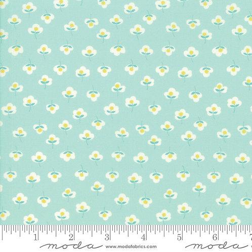 Flour Garden 23326 14 Seafoam Floral Moda Linzee McCray