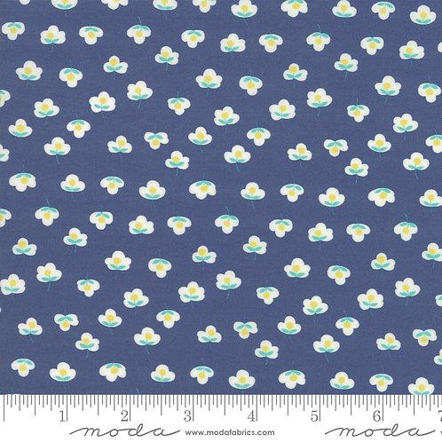 Flour Garden 23326 16 Blue Floral Moda Linzee McCray
