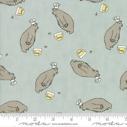 Darling Little Dickens 49000 16 Blue Honey Bears Moda