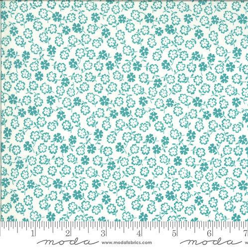 Blooming Bunch 40047 32 Aqua Floral Moda Maureen McCormick