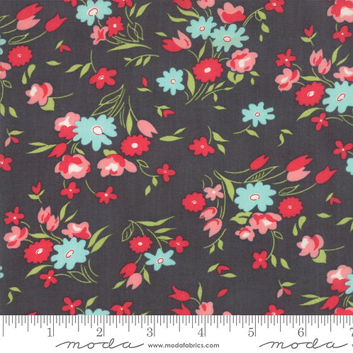 Little Snippets 55182 16 Charcoal Black Floral Moda Bonnie & Camille