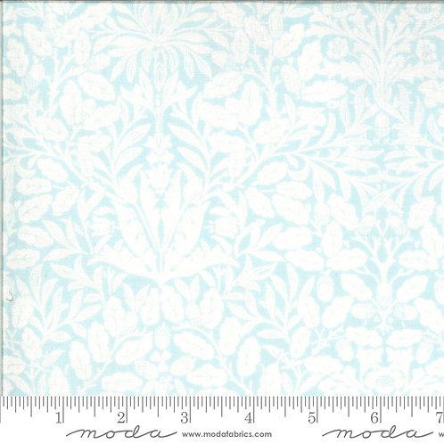 Dover 18701 16 Blue Floral B Riddle Moda