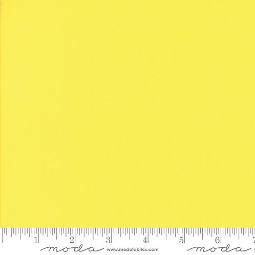 Bella Solid 9900 131 Moda Lemon Yellow