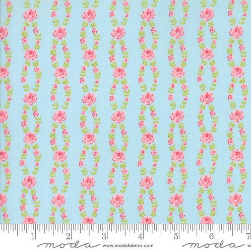 Fleurs 18634 12 Blue Pink Floral Moda Brenda Riddle