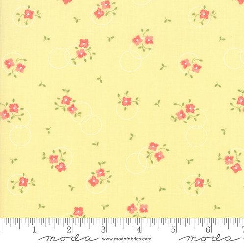 SugarCreek 29072 16 Yellow Floral Moda Corey Yoder