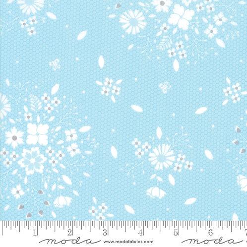 SugarCreek 29071 18 Blue Floral Moda Corey Yoder