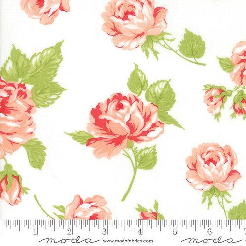 Smitten 55170 17 White Pink Floral Moda Bonnie & Camille