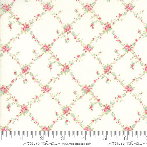 Caroline 18652 12 White Pink Floral Moda Brenda Riddle