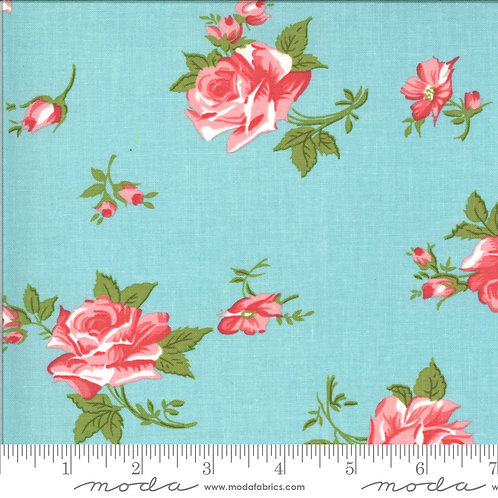 Pocketful Posies 33541 12  Blue Floral Chloe's Closet