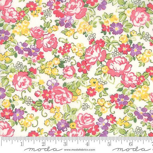 Regent Street Lawns 33322 11 White Pink Floral
