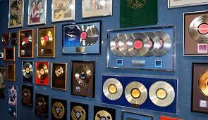 Musica ainda é um Big Business e cresce nos EUA a dois dígitos...