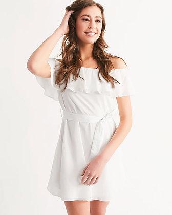 WOMEN'S RUFFLED OFF-SHOULDER DRESS // White