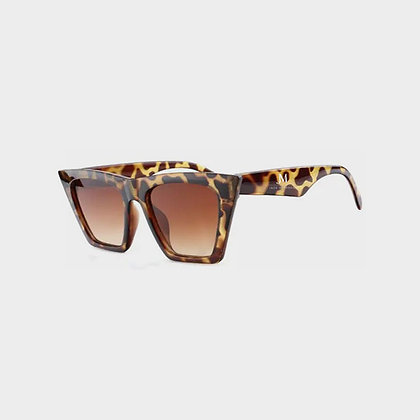 WOMEN'S JM COMPANY SQUARE FRAME ANIMAL PRINT SUNGLASSES // Brown-Animal Print