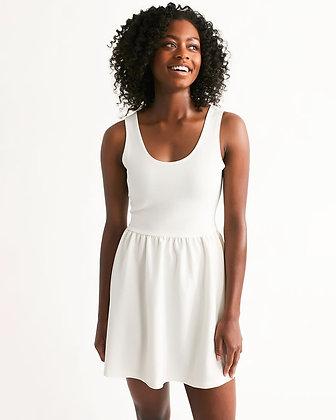 WOMEN'S RIB-KNIT SCOOP NECK SKATER DRESS // White
