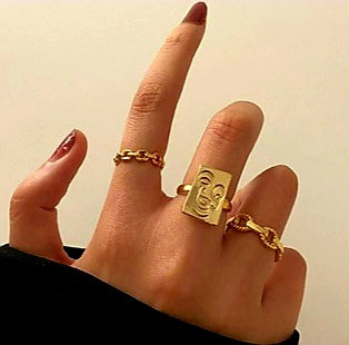 ART CAMEO & CHAIN RING SET (3 Pieces) // Gold