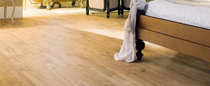 Quick Step Classic Midnight Oak Natural laminated flooring