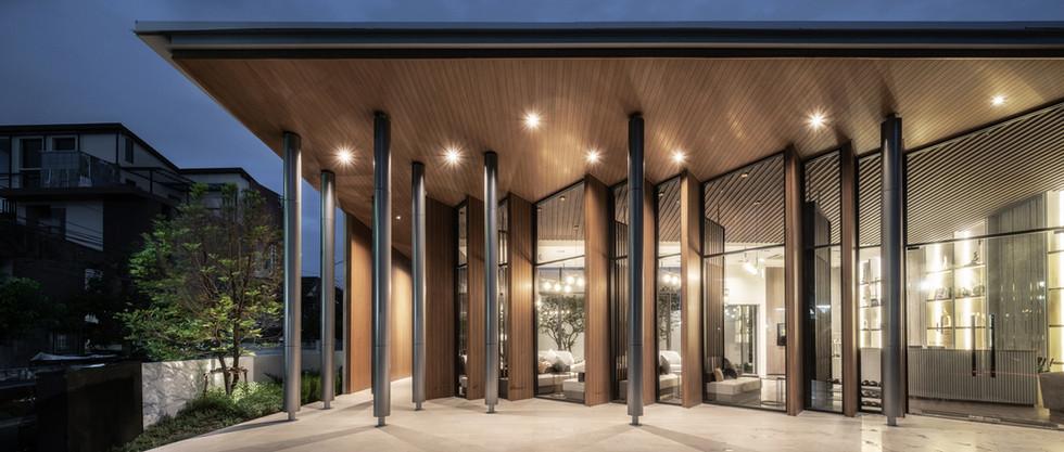 LLOYD SOONVIJAI-THONGLOR by PAON ARCHITECTS