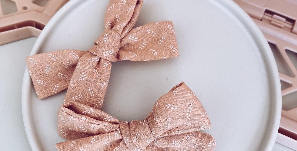 Blush ditsy floral pigtail set