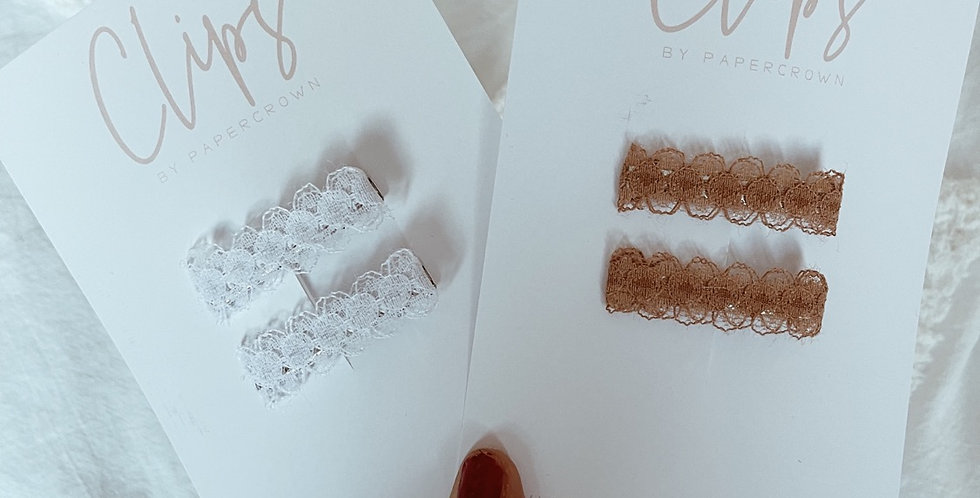 Lace clips (set of 2)