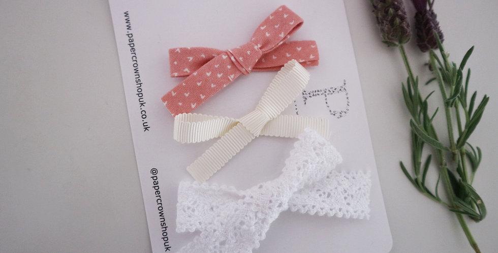 3 bows