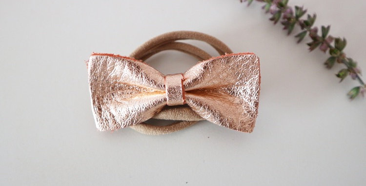 LEATHER STELLA BOW - ROSE GOLD
