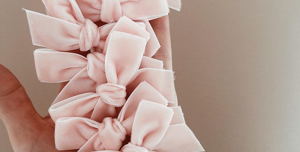 Blush chunky velvet bow
