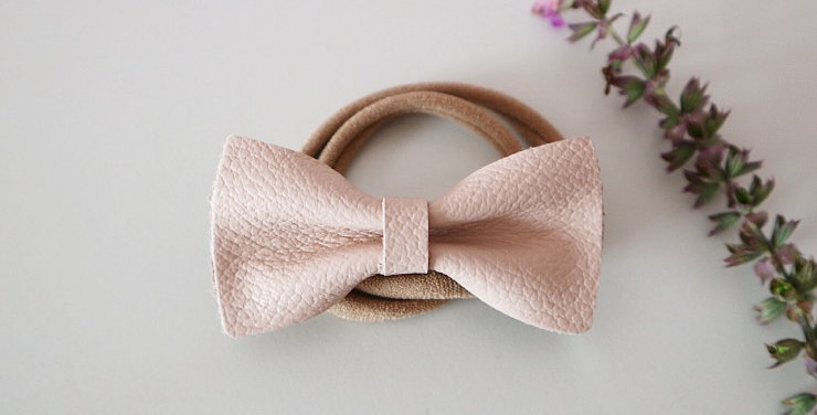 LEATHER STELLA BOW - NUDE