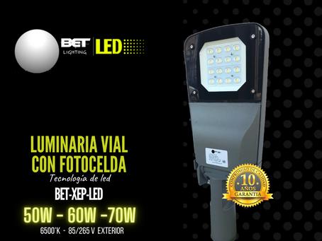 Luminaria Vial de LED para alumbrado público con fotocelda modelo BET-XEP-LED