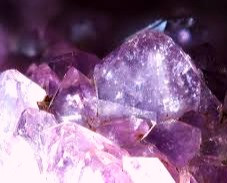 Amethyst banishes negative thoughts, alleviates insomnia, and aids in interpreting dreams.