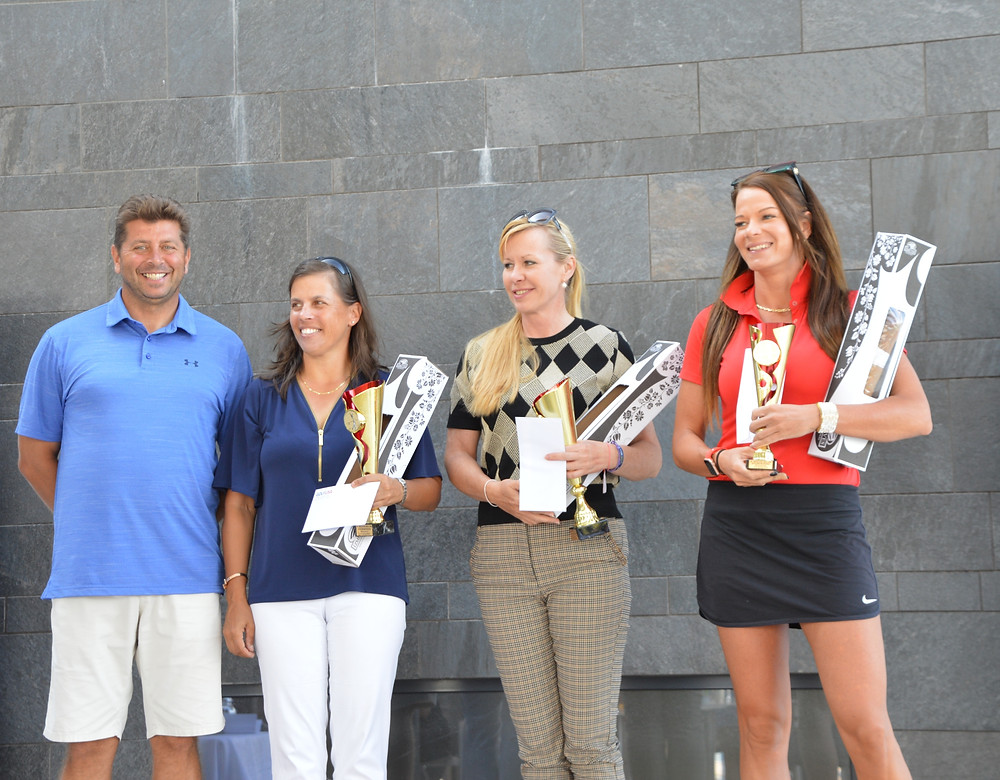 Magyar női bajnok Batta Krisztina (balról 3.), 2. helyezett Kocsis Réka (balról 2. helyezett), 3. helyezett Sándor Virág (jobbról 1.)