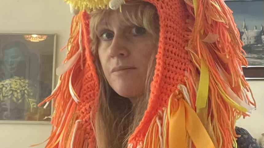 Uv light reactive Lionicorn hat.