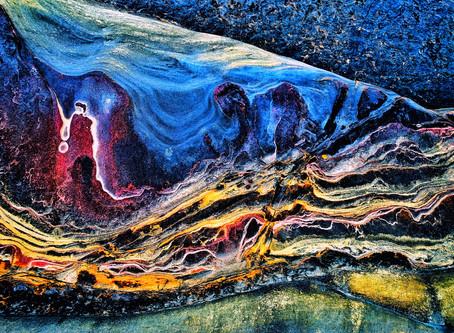 把攝影當繪畫 《煉石》色彩豐富如童話