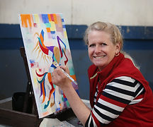 Linda Finstad painting a prism-equus horse