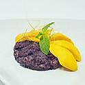 Mango & Sticky Rice (seasonal) / ข้าวเหนียวมะม่วง