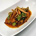 Spicy Deep-Fried Tilapia / ปลานิลทอดผัดเผ็ด