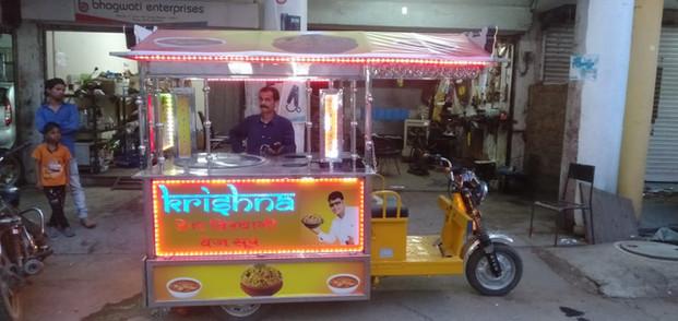 gatti e-rickshaw