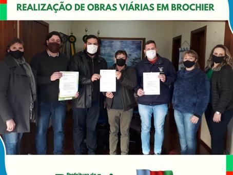 Prefeitura recebe recursos para a realização de obras viárias em Brochier