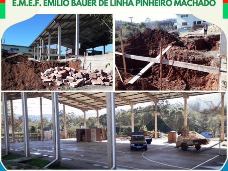 Iniciam as obras de fechamento e melhoria da quadra poliesportiva Dóris Ohlweiler
