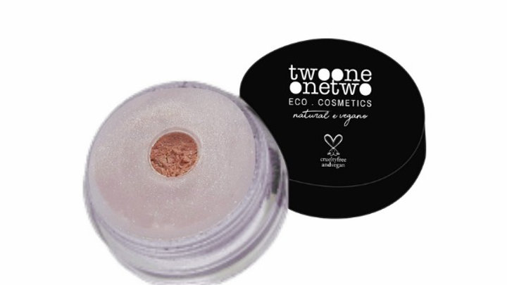 Sombra em Pó Solta Leite de Coco Natural Vegano Twoone Onetwo 5 g Beige
