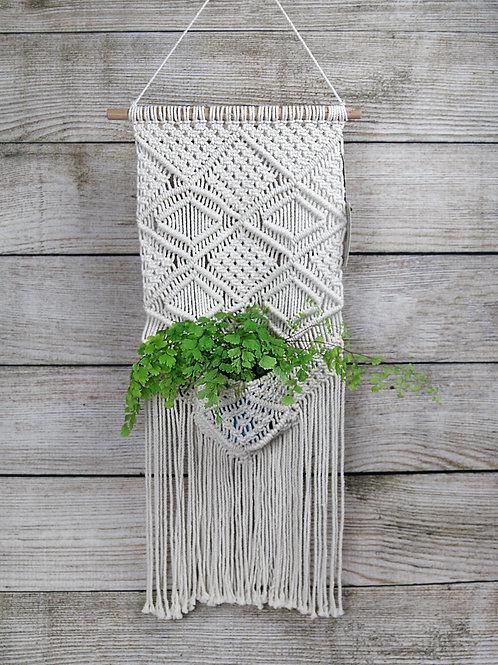 Wall Hanging Pocket Macramé Plant Holder