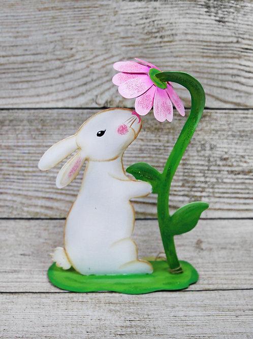 Metal Bunny & Daisy Figure