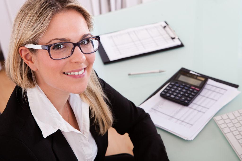 Помощником бухгалтера на дому аутсорсинг финансовой службы
