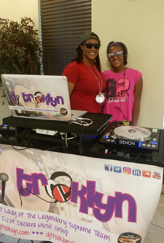 DJ TRooKLyN & DJ Panda Flo