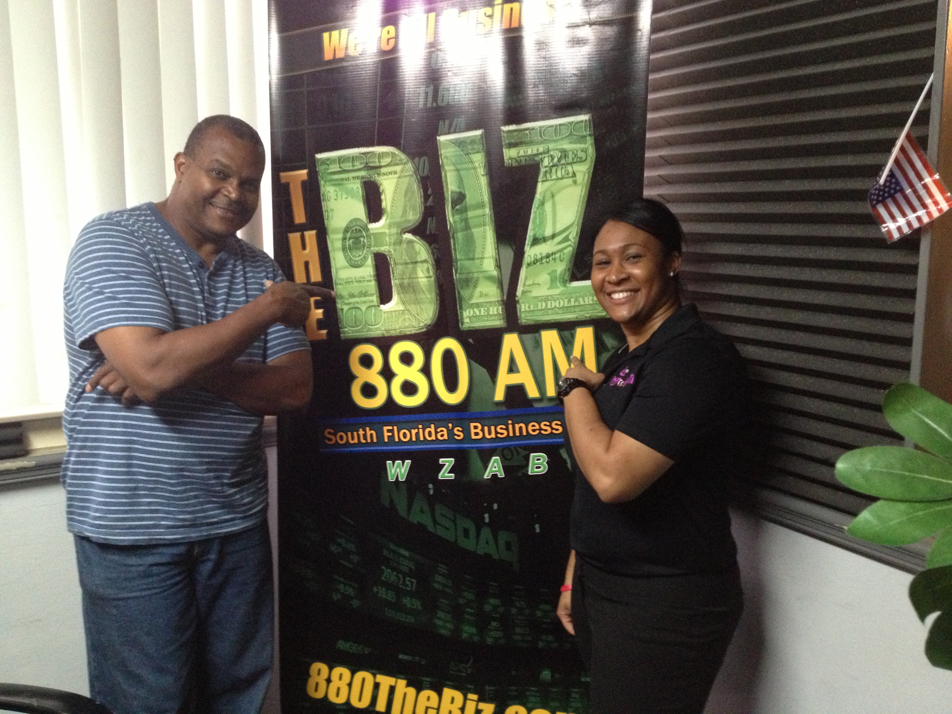 880 The Biz w/ Mike Andrews