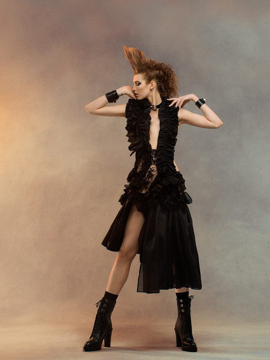 ALEJANDRA_BURGUETTE_2_Couture_Editorial_0689_V2_Final_Cropped_A.jpg