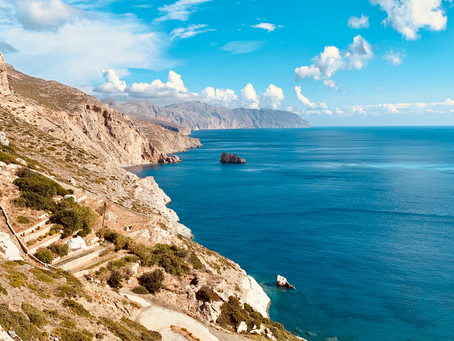 9 places in Greece that you should visit before the become too expensive